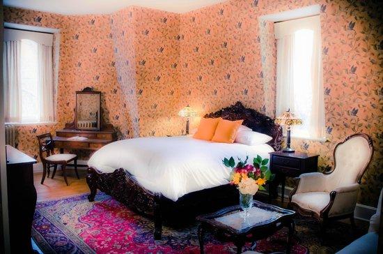 Queen Anne Inn: Queen Room