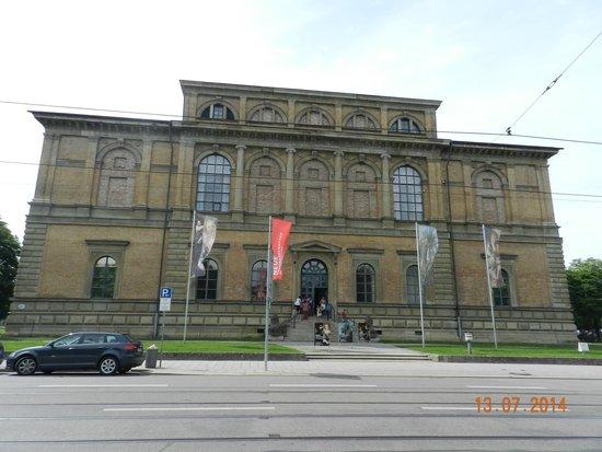 Alte Pinakothek : Старая Пинакотека