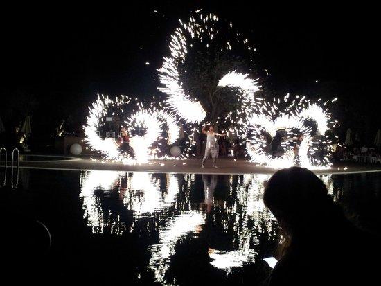 Aurum Spa & Beach Resort: Evening entertainment - fire show