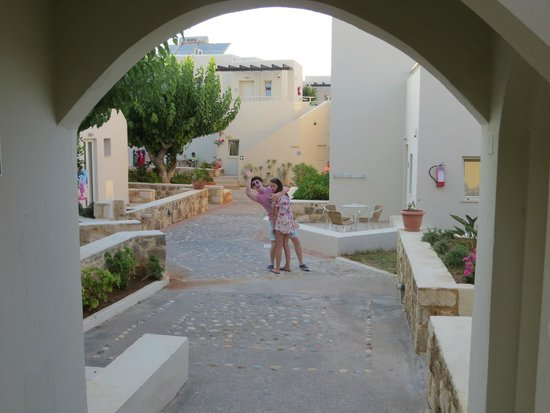 Ourania Apartments Hotel Grounds Of