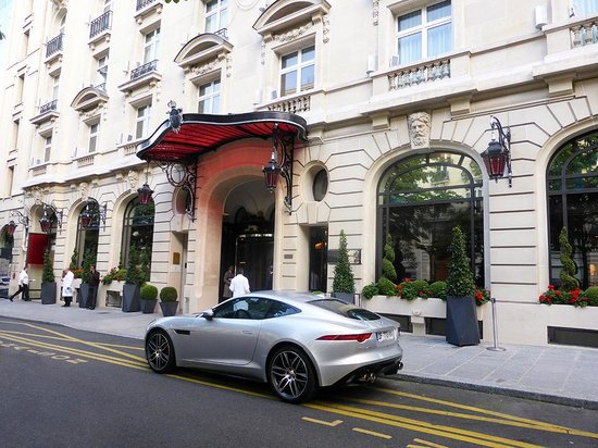 Le Royal Monceau-Raffles Paris : LA FACADE