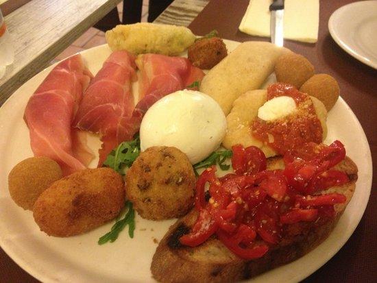 Amalfi Ristorante Pizzeria : Uno spettacolo di antipasto