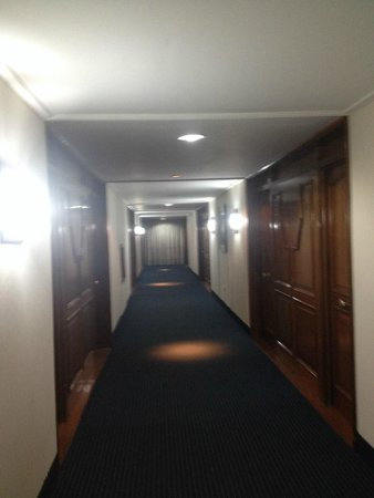 Exe Hotel Cataratas : Pasillos