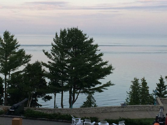 Fairmont Le Manoir Richelieu : View of the St Lawrence