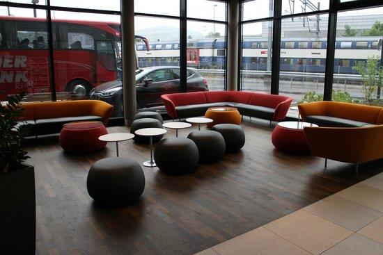 Holiday Inn Express Affoltern Am Albis: Hotel lobby