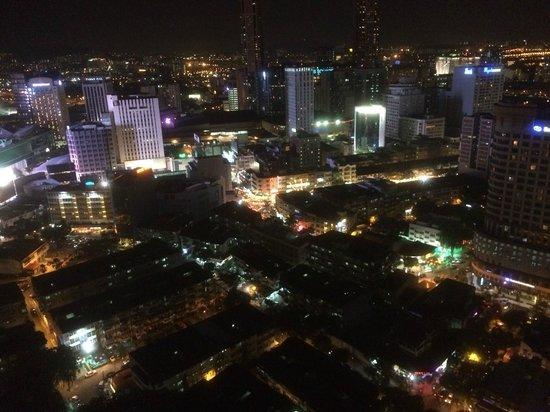 PARKROYAL Serviced Suites Kuala Lumpur: vue du dernier étage, côté opposé aux tours Petronas