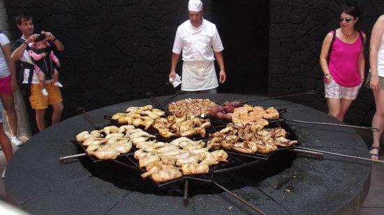 "Parque Nacional de Timanfaya: Cooking over an open ""Volcano Pit"""