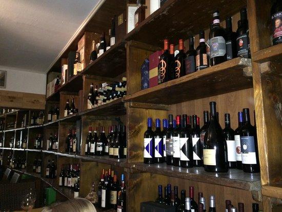 cantinetta vino enoteca privata : Enoteca - Foto di LA CANTINETTA, Verbania - TripAdvisor
