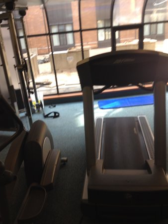Delta Hotels by Marriott Barrington: Gym at the Delta