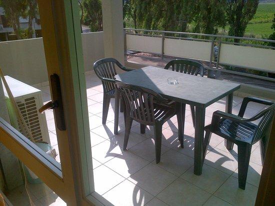 Residenza Alberghiera Italia: Terrazzo appartamento
