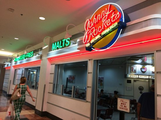 Johnny Rockets Paramus Nj