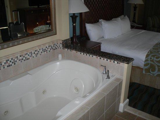 Hilton Grand Vacations on the Boulevard: vasca idro nella camera