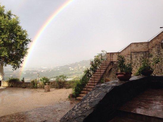Castello di Rosciano: Arcobaleno in Rosciano