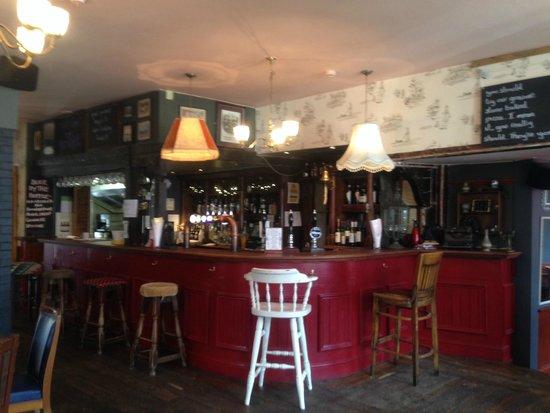 The Olde Swan Hotel: Bar