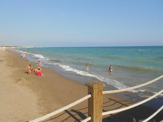 Kaya Palazzo Golf Resort Beach Area