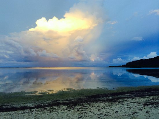 Kosrae Nautilus Resort: Sunset