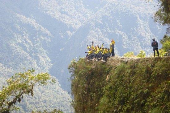Yungas Road: Route de la mort avec BARRO BIKING