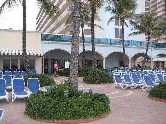 Ocean Sky Hotel & Resort: On pool deck