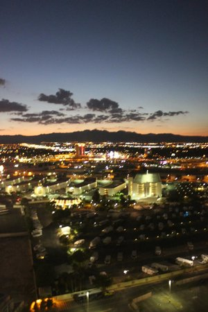 Hilton Grand Vacations on the Boulevard : luci di Las Vegas