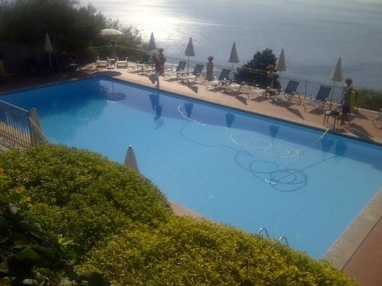 Grand Hotel San Pietro: piscina y vista