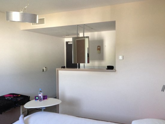 Ibis Styles Pertuis: La chambre