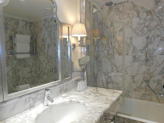 Starhotels Splendid Venice: Salle de bains