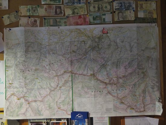 Good Bye Lenin Hostel Zakopane: Hiking maps of the area, and you can hire them from the hostel