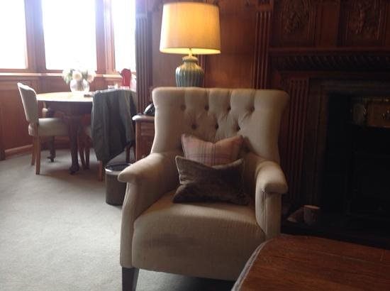 Knockderry House Hotel : library suite