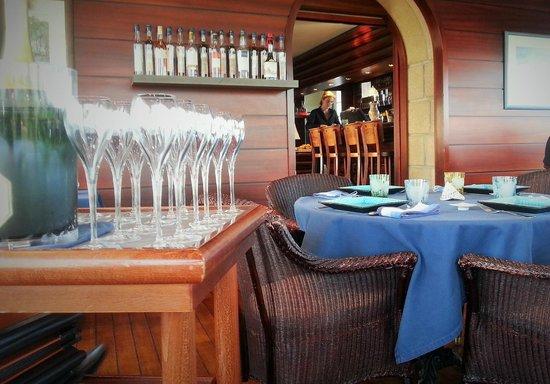 Ar Men Du: Un des salles du restaurant