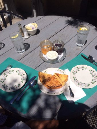 The Tuck Box: Enjoying scones out on the patio