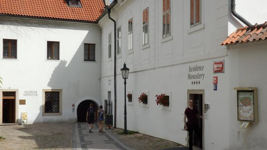 Hotel Monastery: Entrance to the hotel from the Monastery grounds