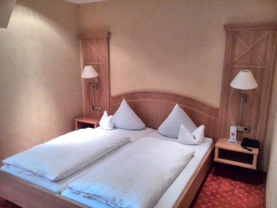 Hotel Restaurant Ochsenwirtshof: Zimmer