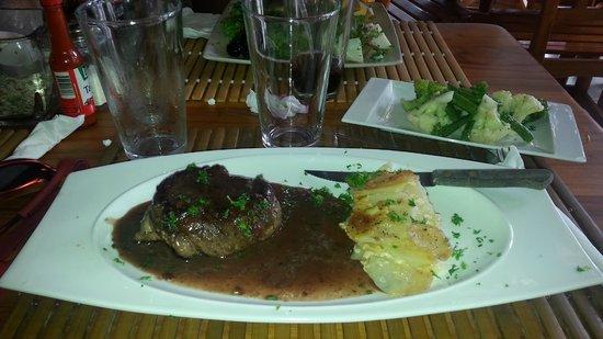 Ticos Bar y Restaurante: Le fameux Filet Mignon