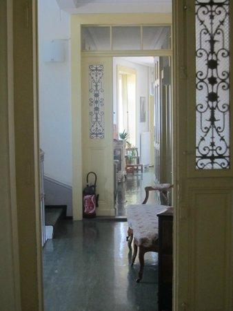 Guesthouse Bienvenue: Hallway