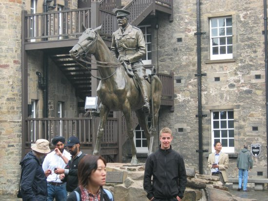 Edinburgh Castle: Castlehill