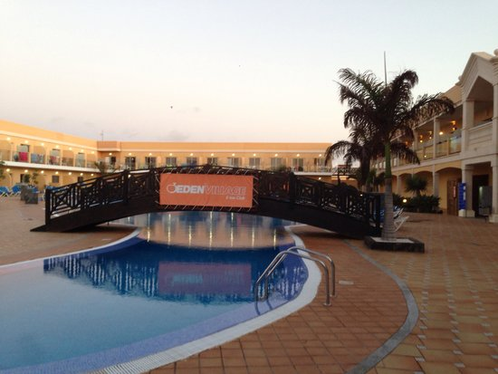 Hotel Cotillo Beach: Piscina