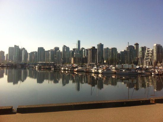 Vancouver Seawall : skyline