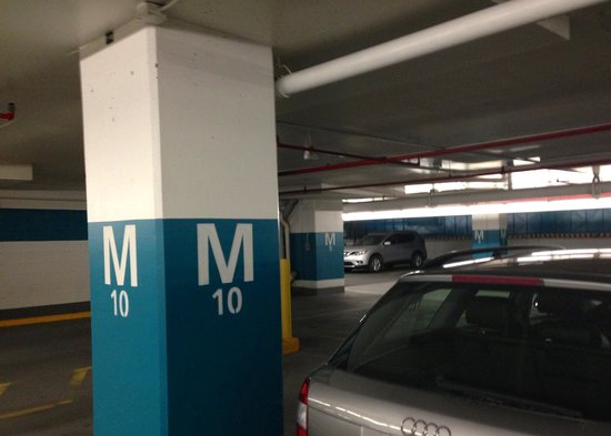 Complexe Desjardins: Use your phone camera to record where you park