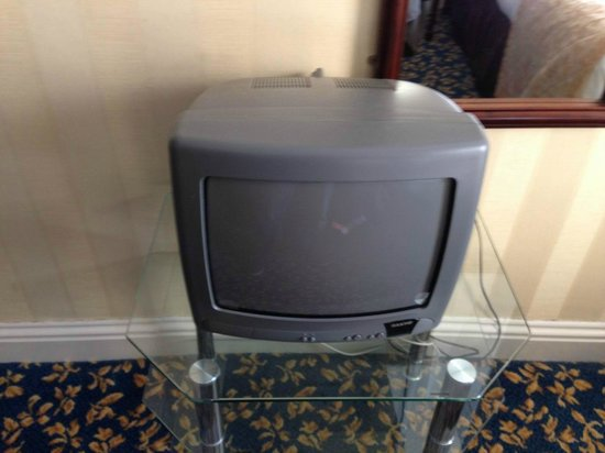 Castle Hotel: Uralter Mini-TV