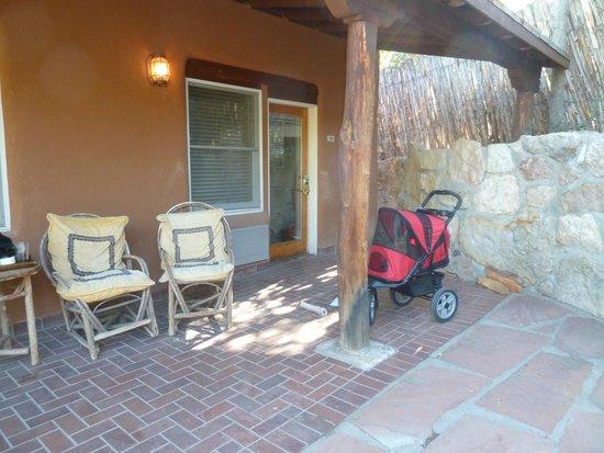 Bishop's Lodge Resort & Spa: Front Porch Bishop's Lodge
