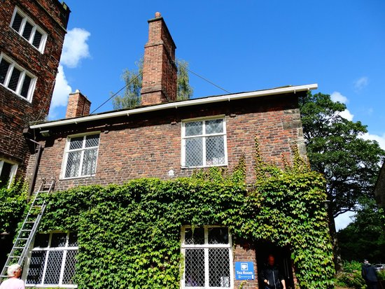 Rufford Old Hall: Above the Tea room