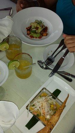 La Palapa Restaurant : Ceviche & octopus