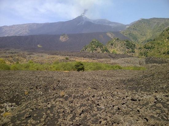 Go-Etna: vista en el valle del bove