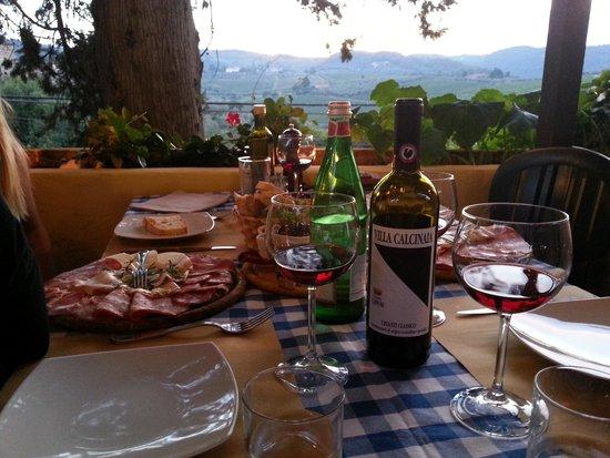 Ristorante la Castellana: Excellent antipasto and a bottle of Villa Calcinaia Chianti with friends. Perfect!