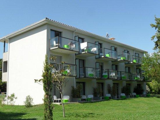 BEST WESTERN Domaine De La Petite Isle : 1 - bâtiment 'les Sources' à l'hôtel Domaine de la Petite Isle