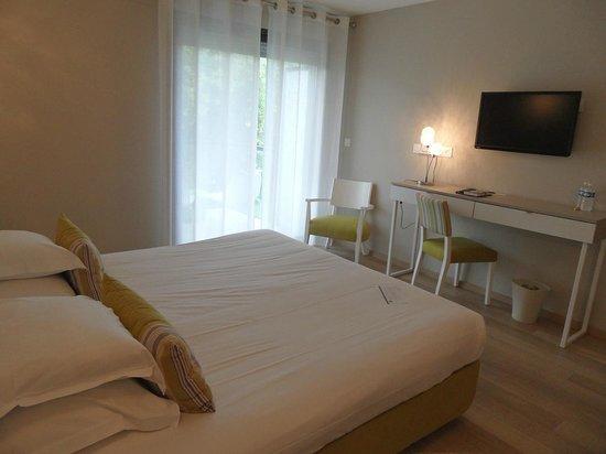 BEST WESTERN Domaine De La Petite Isle : 2 - chambre 211 (1er étage bât. Les Sources) hôtel Domaine de la Petite Isle