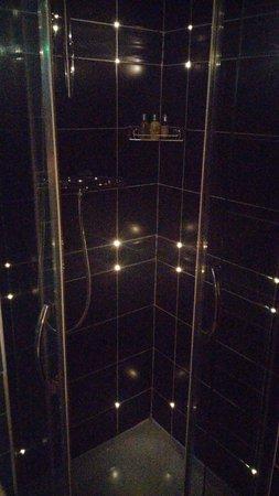 The Five Hotel: Glimmering