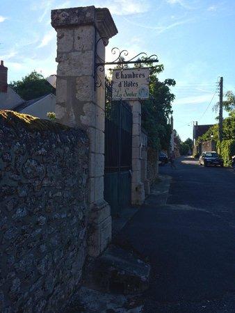 Saint-Denis-sur-Loire, Франция: Entryway