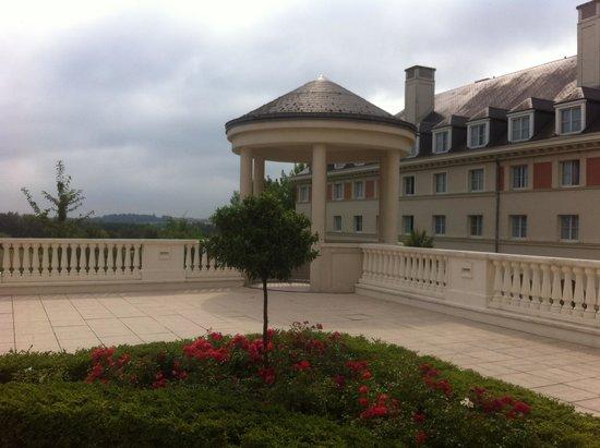 Vienna House Dream Castle Paris: Внешне лучше чем внутри