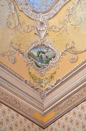 B&B Castello Vecchio : Painted ceiling